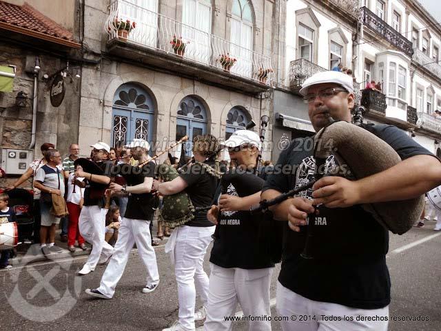 Infominho - ESPECIAL - DESFILE TRADICIONAL E DE BANDAS MARIÑEIRAS DAS FESTAS DO MONTE 2014 - INFOMIÑO - Informacion y noticias del Baixo Miño y Alrededores.