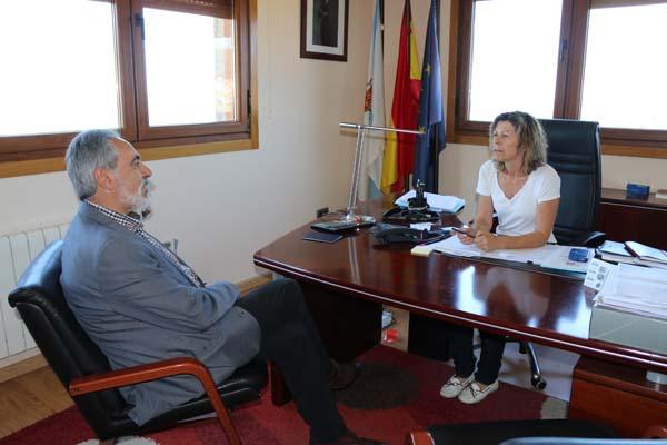 Infominho -  CORES TOUR�S VISITOU OIA PARA MANTER UN PRIMEIRO ENCONTRO INSTITUCIONAL COA NOVA ALCALDESA DA LOCALIDADE - INFOMI�O - Informacion y noticias del Baixo Mi�o y Alrededores.