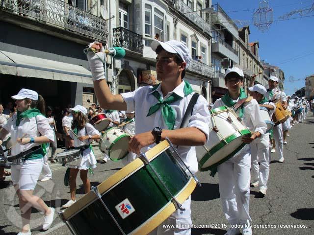 Infominho - ESPECIAL - REPORTAXE FOTOGRÁFICA DESFILE FESTAS DO MONTE 2015 NA GUARDA - INFOMIÑO - Informacion y noticias del Baixo Miño y Alrededores.