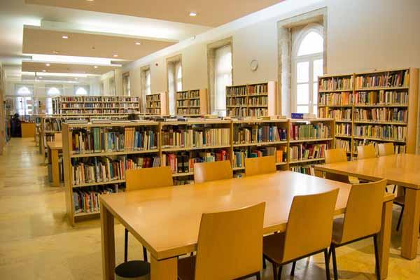 Infominho -  A Biblioteca Municipal de Tui ampl�a o seu horario e abrir� ininterrompidamente de 9 a 21h de luns a venres - INFOMI�O - Informacion y noticias del Baixo Mi�o y Alrededores.