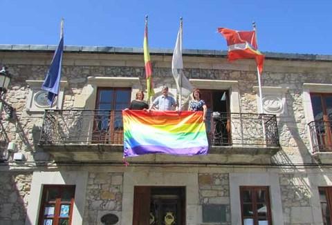 Infominho -  O Concello da Guarda celebrou o D�a Internacional do Orgullo LGBT - INFOMI�O - Informacion y noticias del Baixo Mi�o y Alrededores.