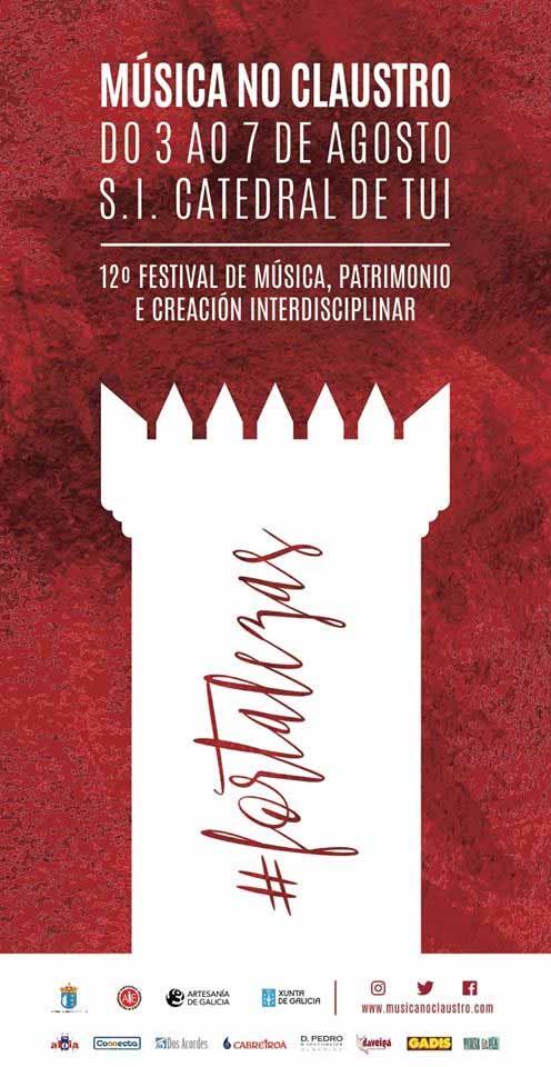 Infominho -  A  Catedral de Tui t�nguese de vermello co XII M�sica no Claustro  - INFOMI�O - Informacion y noticias del Baixo Mi�o y Alrededores.