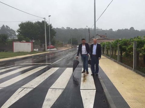 Infominho -  Ux�o ben�tez realiza unha visita �s obras finalizadas no tramo da estrada provincial que une O Rosal con Tabag�n - INFOMI�O - Informacion y noticias del Baixo Mi�o y Alrededores.