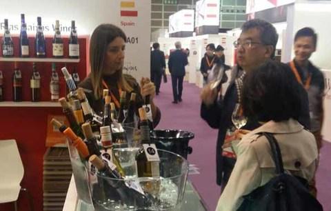 Infominho - Los vinos de la D.O. Rías Baixas  despiertan interés en Hong Kong - INFOMIÑO - Informacion y noticias del Baixo Miño y Alrededores.