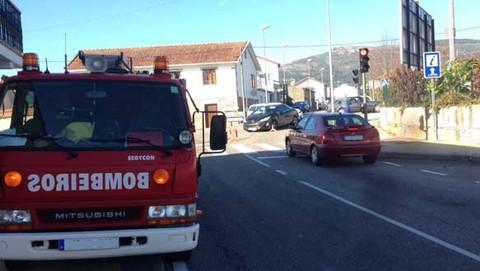 Infominho - Un accidente entre dous turismos sáldase con 3 persoas feridas leves no Rosal - INFOMIÑO - Informacion y noticias del Baixo Miño y Alrededores.
