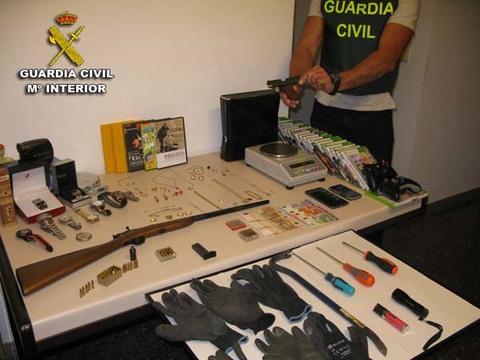 Infominho - La Guardia Civil detiene a los presuntos autores de robos en viviendas cometidos en la provincia de Pontevedra - INFOMIÑO - Informacion y noticias del Baixo Miño y Alrededores.