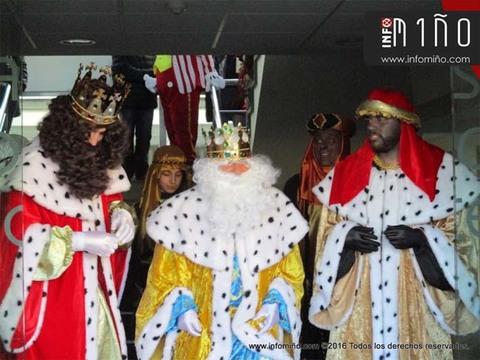 Infominho - Especial - Cabalgata de Reis Magos 2017 no Concello do Rosal - INFOMIÑO - Informacion y noticias del Baixo Miño y Alrededores.