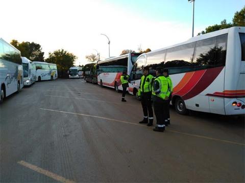 Infominho - Campaña especial de vigilancia de la DGT sobre autobuses destinados al transporte escolar - INFOMIÑO - Informacion y noticias del Baixo Miño y Alrededores.