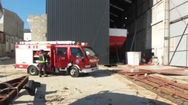 Infominho - GES de A Guarda sofoca un incendio nun astaleiro de A Guarda - INFOMIÑO - Informacion y noticias del Baixo Miño y Alrededores.