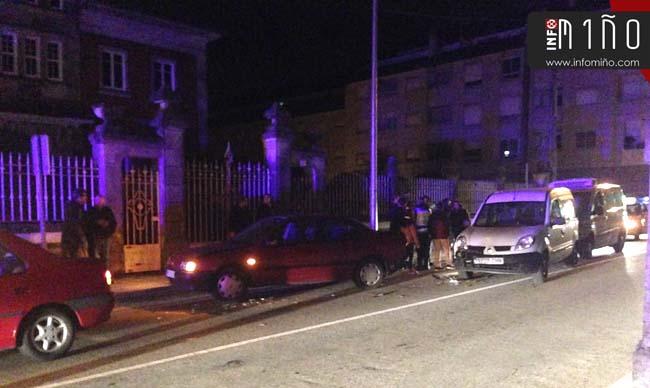 Infominho -  Dos turismos y dos furgonetas se vieron involucrados en una colisión por alcance en A Guarda - INFOMIÑO - Informacion y noticias del Baixo Miño y Alrededores.