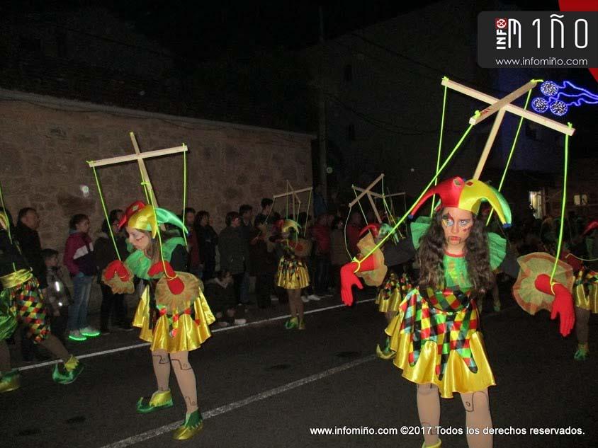 Infominho - Especial - Más de 20 comparsas tomaron salida en el -XX Venres de Foliada- tomiñés - INFOMIÑO - Informacion y noticias del Baixo Miño y Alrededores.