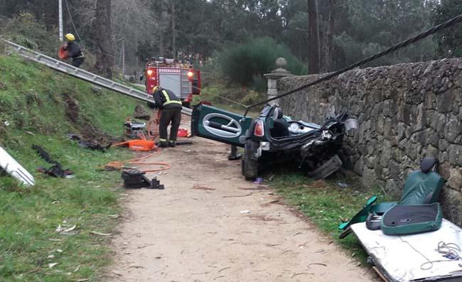 Infominho - Unha saída de vía deixa unha persoa falecida e tres feridas no Rosal - INFOMIÑO - Informacion y noticias del Baixo Miño y Alrededores.