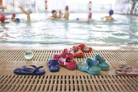 Infominho - Mais de 400 crianças já aderiram ao projeto-piloto em Caminha e aprendem a nadar gratuitamente - INFOMIÑO - Informacion y noticias del Baixo Miño y Alrededores.