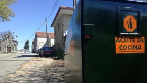 Infominho - Tui instala sete colectores de aceite usado nas parroquias - INFOMIÑO - Informacion y noticias del Baixo Miño y Alrededores.