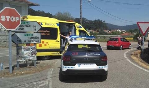 Infominho - Accidente de circulación entre un ciclista y un turismo en Hospital(Tomiño)  - INFOMIÑO - Informacion y noticias del Baixo Miño y Alrededores.