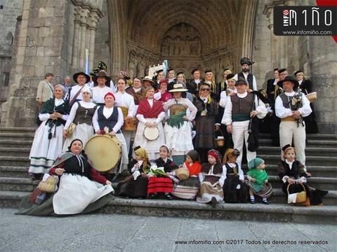 Infominho - Especial - Desfile de Exaltación do Traxe Tradicional nas Festas de San Telmo 2017 - INFOMIÑO - Informacion y noticias del Baixo Miño y Alrededores.