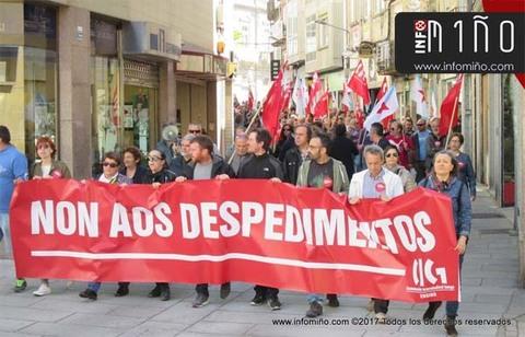 Infominho - Especial - Máis dun cento de persoas participaron na concentración contra os despedimentos no San Xerome na Guarda - INFOMIÑO - Informacion y noticias del Baixo Miño y Alrededores.