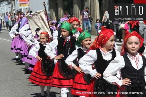 Infominho - Especial - Desfile das Letras Galegas 2017 na Guarda - INFOMIÑO - Informacion y noticias del Baixo Miño y Alrededores.
