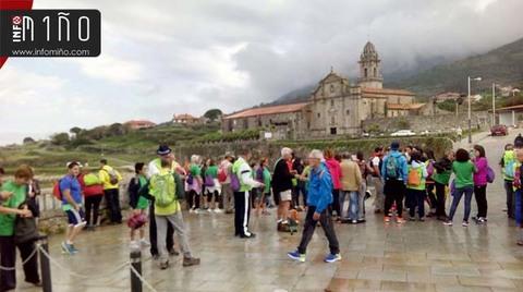 Infominho - Especial - Más de un centenar de personas participaron en la Andaina del Camino de Santiago entre Oia y Baiona  - INFOMIÑO - Informacion y noticias del Baixo Miño y Alrededores.