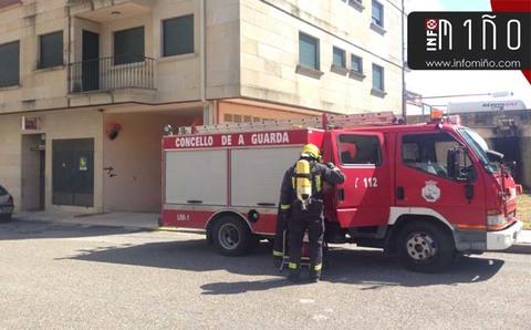 Infominho - Movilizados los medios de emergencias en O Rosal por un vehículo a punto de incendiarse - INFOMIÑO - Informacion y noticias del Baixo Miño y Alrededores.