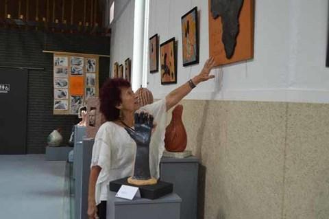 Infominho - O Mercado de Tomiño acolle a Exposición de cerámicas -A terra transformada en arte- - INFOMIÑO - Informacion y noticias del Baixo Miño y Alrededores.