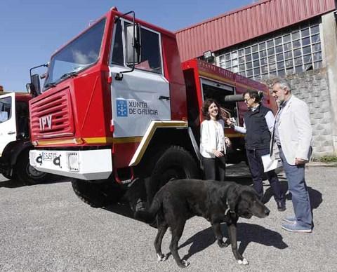 Infominho -  Cores Tourís fai entrega dun vehículo contra incendios forestais ao Concello de Oia   - INFOMIÑO - Informacion y noticias del Baixo Miño y Alrededores.