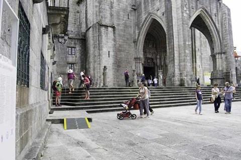 Infominho - Preto de 34 mil persoas pasaron este verán pola Oficina Municipal de Turismo de Tui - INFOMIÑO - Informacion y noticias del Baixo Miño y Alrededores.