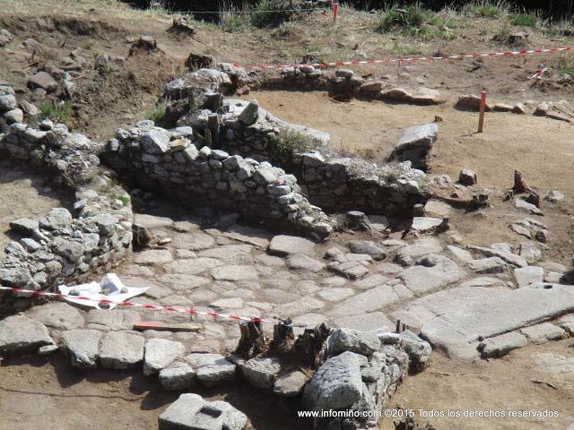 As excavaci�ns est�n xa moi avanzadas no Monte Sta. Trega